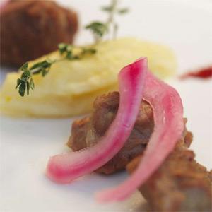 Bocconcini di carne di bufaletto di Amaseno con puré di patate